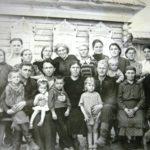 Общий снимок семьи Романовых-Каташевцевых. 50-е годы ХХ века.